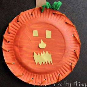 Pumpkin Face Lacing from I Heart Crafty Things