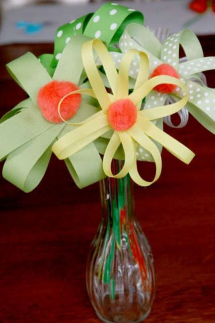 Make a ribbon flower bouquet with the kids