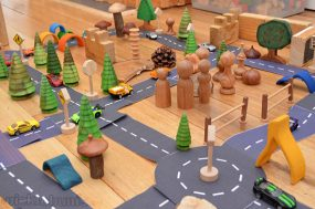 Make Your Own Printable Roads from PICKLEBUMS