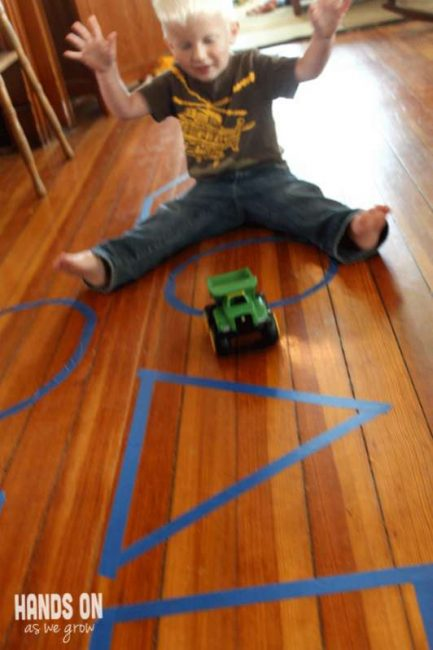Toddler Moving & Learning Shapes Game