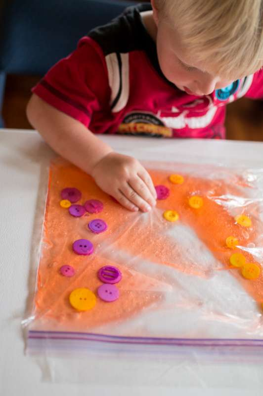 a color sensory bag for toddlers
