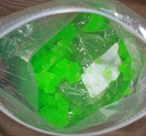Slushy Science Experiment in a Baggie from Momma's Fun World